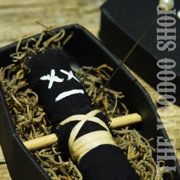 Coffin Doll black Banishing